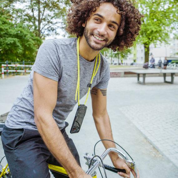SMINX-handykette-lifestyle-kavar